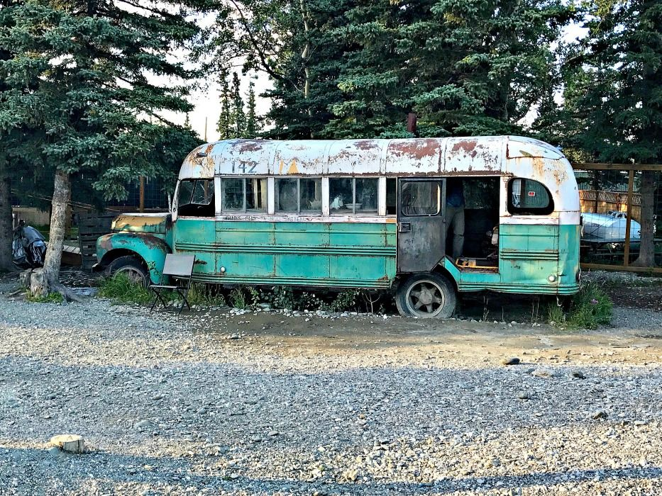 Alaska-summer-trip-bus