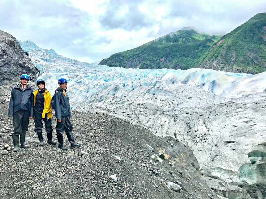Alaska-summer-trip-glacier-hike