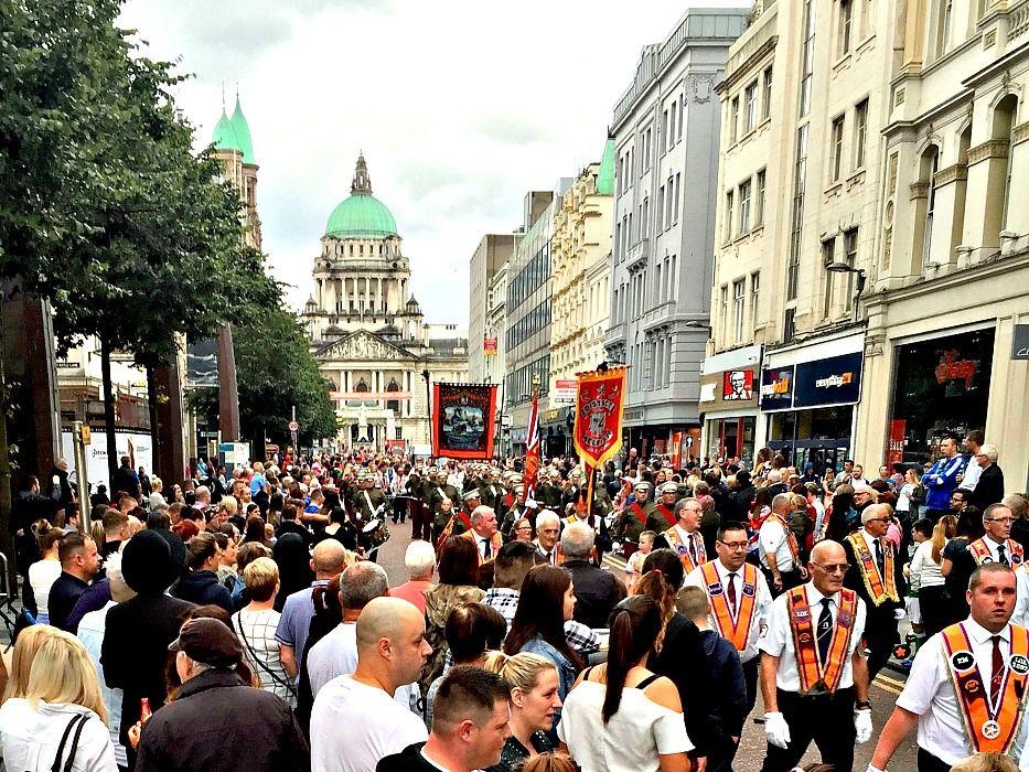 7 Days in Ireland Belfast Parade