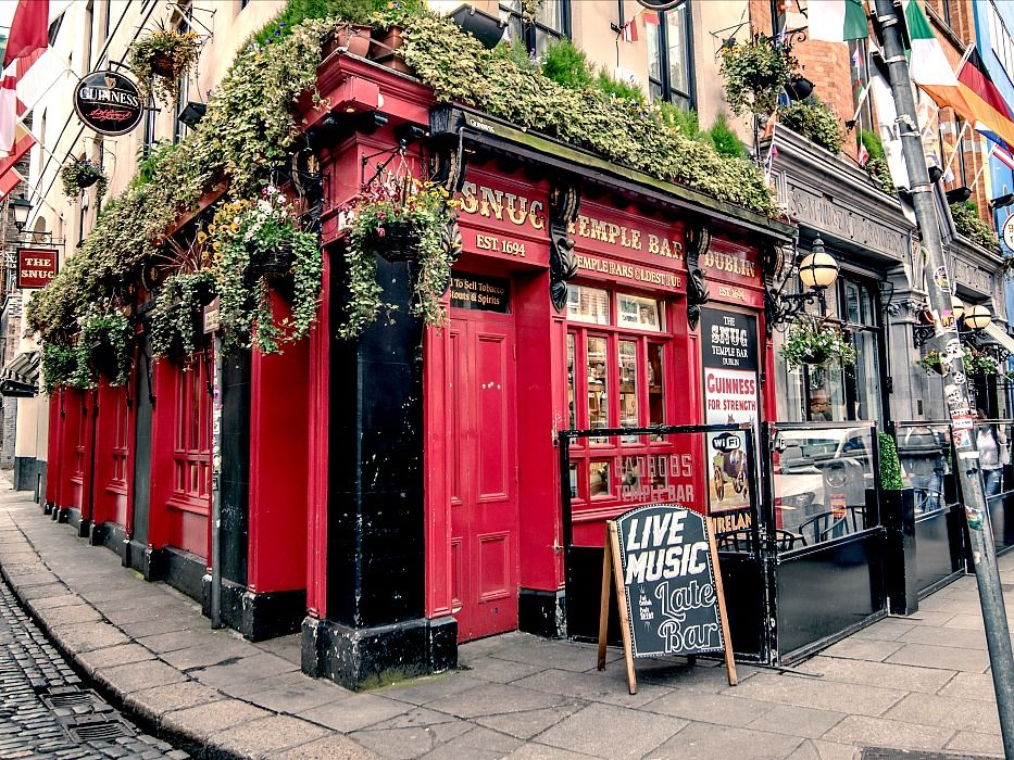 7 Days in Ireland Temple Bar