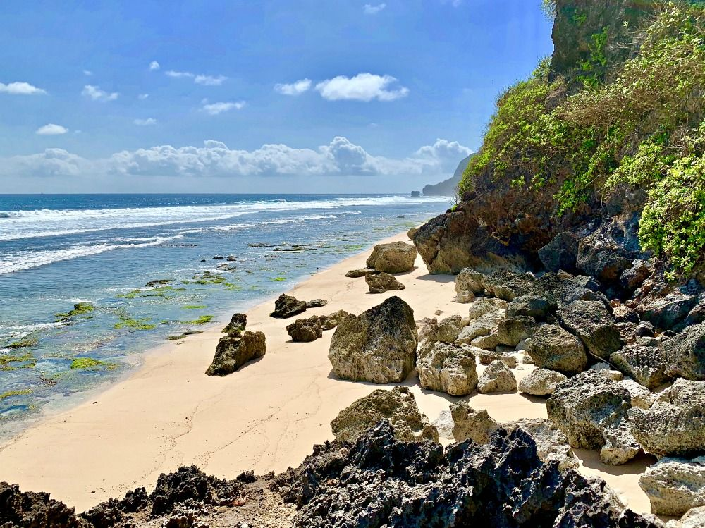 7 Days in Bali Itinerary Secret Beach