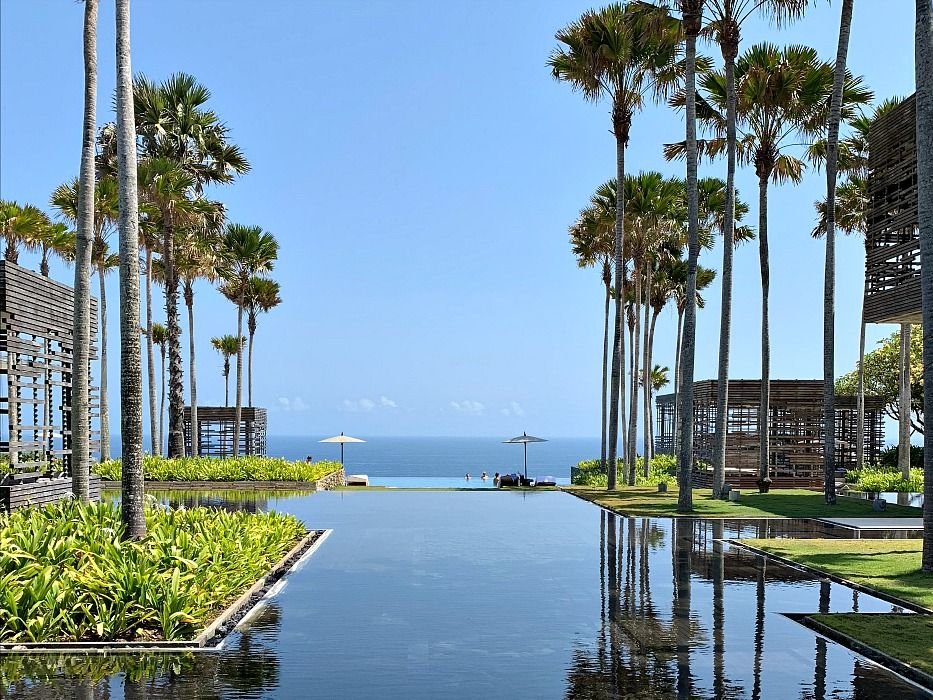 Alila Villas Uluwatu 7 days in Bali Itinerary