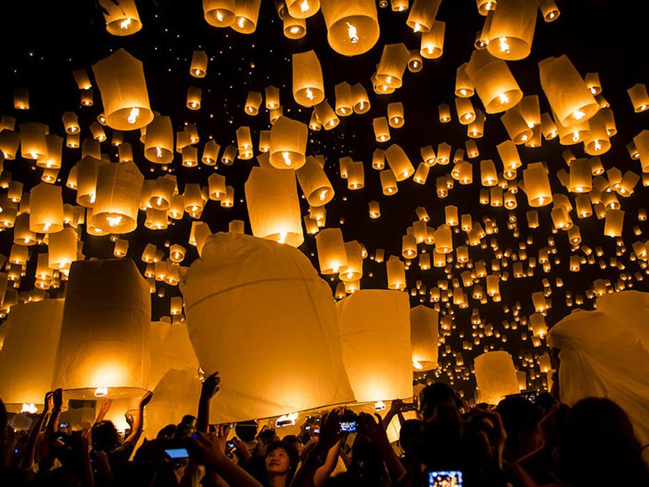 Best Places to Travel in November Chiang Mai Lantern Festival