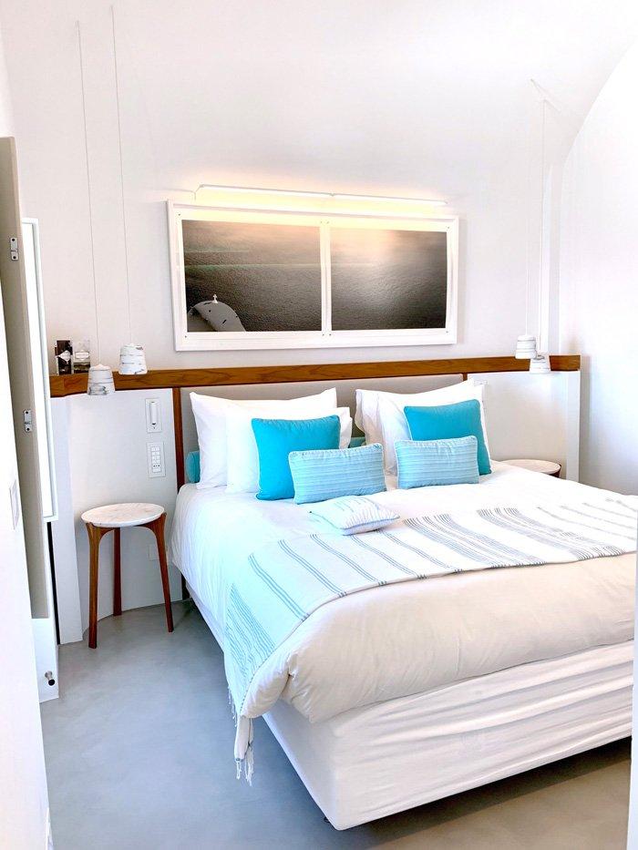 Grace Hotel bedroom