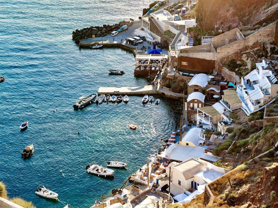 Santorini Itinerary Ammoudi Bay