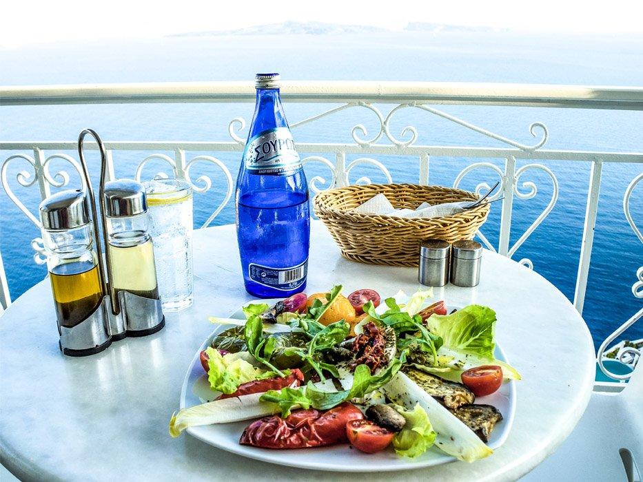 3 Days in Santorini Restaurant View