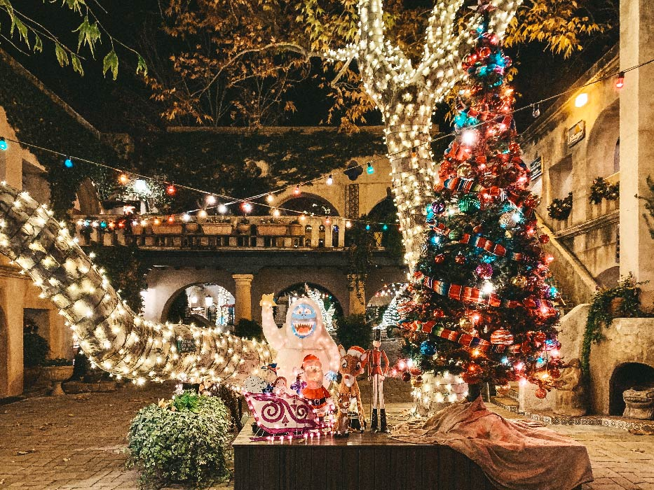 Christmas in Sedona Display