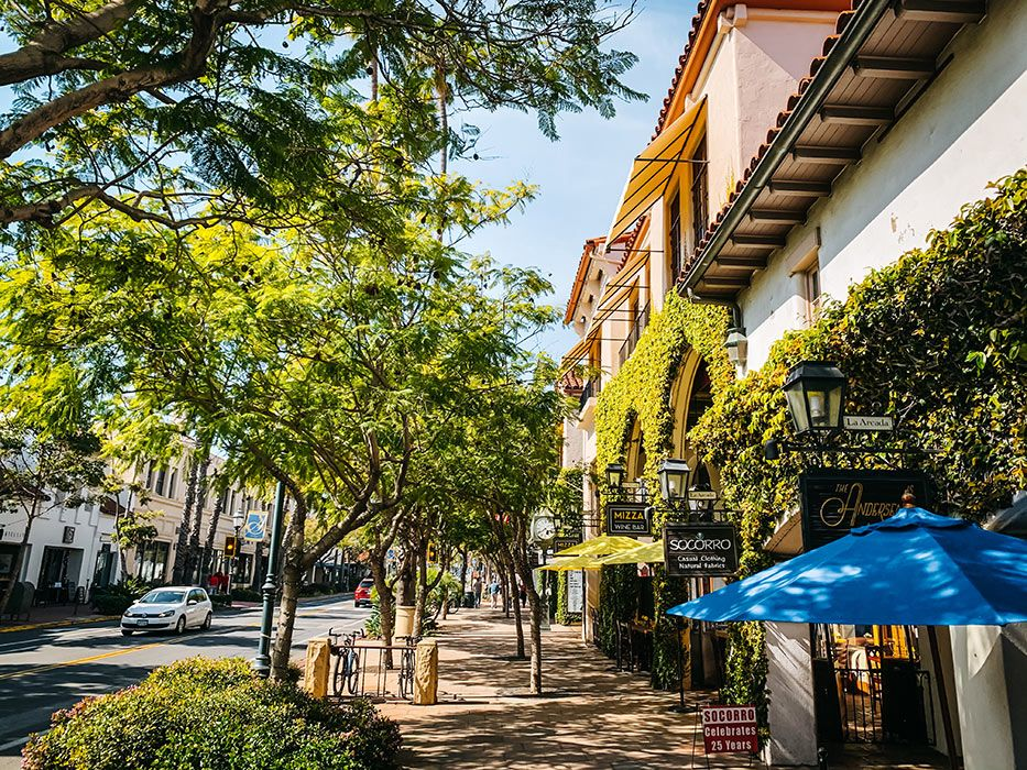 Prettiest California Coastal Towns Santa Barbara