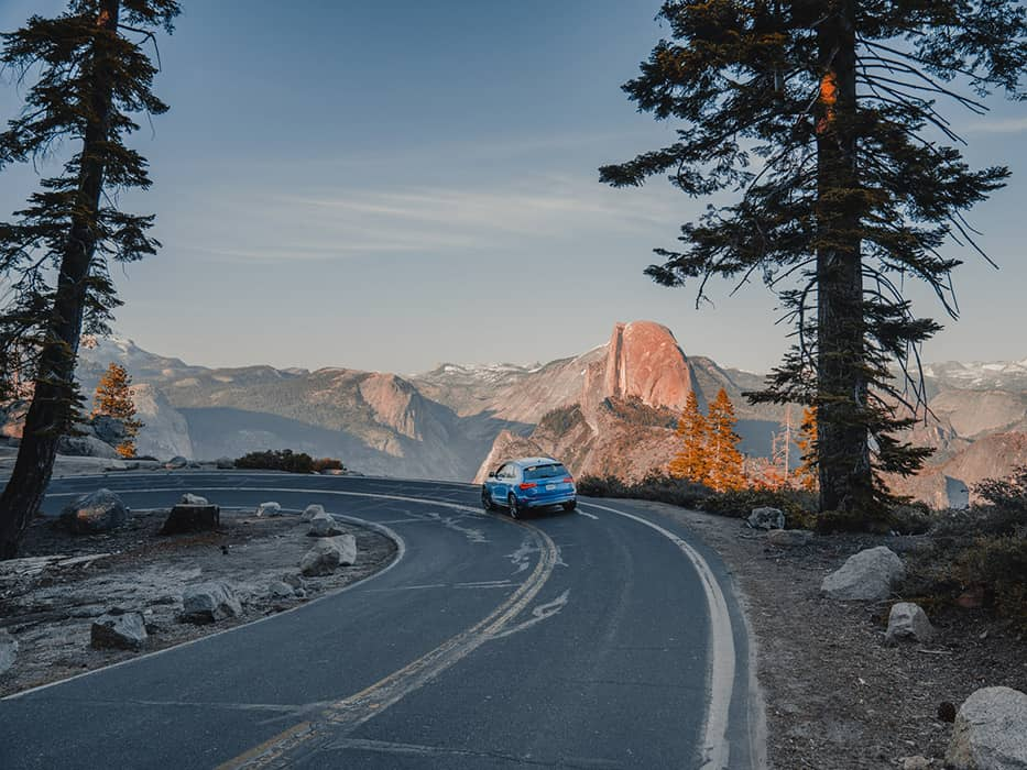 Car by Glacier Point Yosemite Itinerary